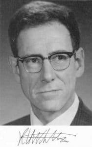 Robert Whittaker (ภาพจาก wikipedia)
